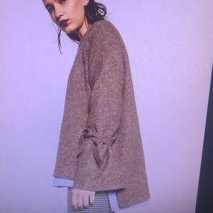 Zara. Knitwear